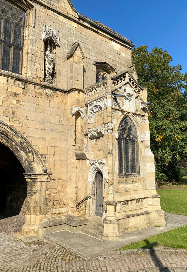 Pilgrims' shrine, wayside chapel in Worksop Priory Gatehouse